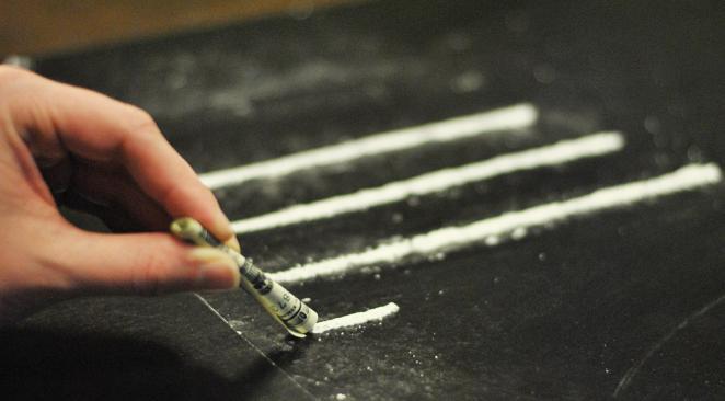 Addiction Médicaments - Pourquoi certains anti-douleurs peuvent faire autant de dégâts que les drogues illégales