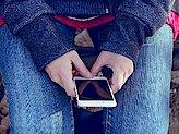 Addiction Autres addictions comportementales - Ados et écrans : mesure ou démesure ?