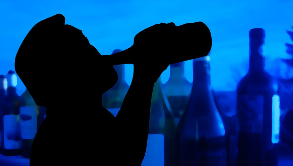 Addiction Alcool - ALCOOL / Le baclofène permet de réduire la consommation d'alcool chez les patients alcoolo-dépendants