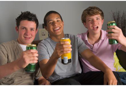 Addiction Alcool - ALCOOL / TABAC / Perdre un parent augmente le risque de fumer et de boire de chez les jeunes