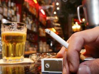Addiction Tabac - TABAC / Le paquet à 10 euros, des morts en moins et des milliards en plus