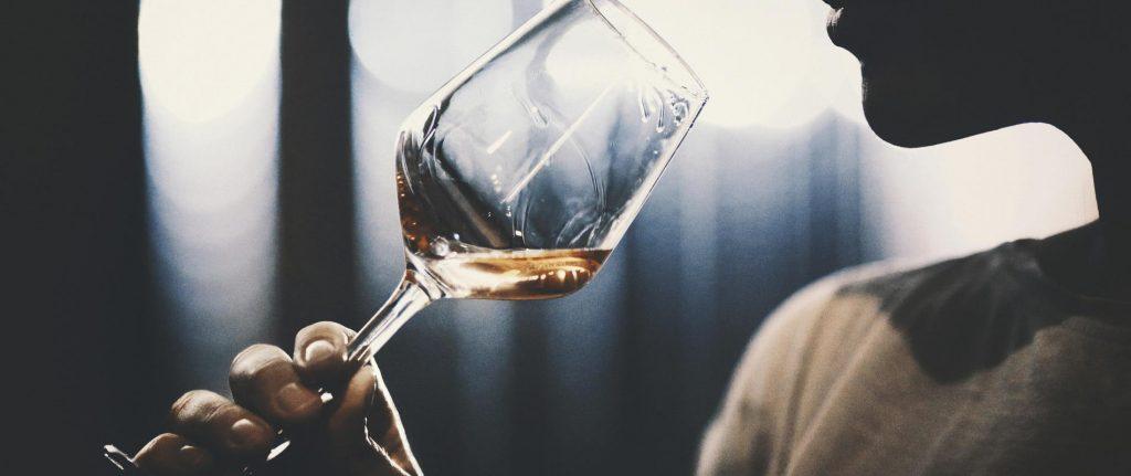 Addiction Alcool - ALCOOL / Hommes et femmes sont égaux... en alcool