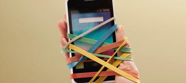 NUMERIQUE / Comment l'addiction aux notifications des smartphones ruine notre quotidien