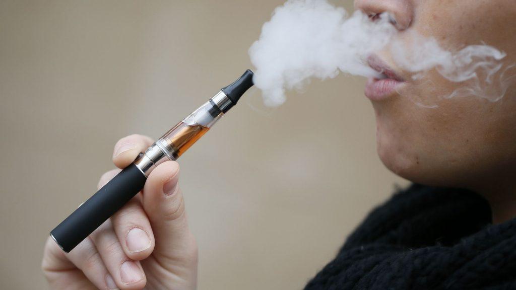 Addiction Tabac - TABAC / E-cigarette : les taux de nicotine et de vapeur influent sur le sevrage