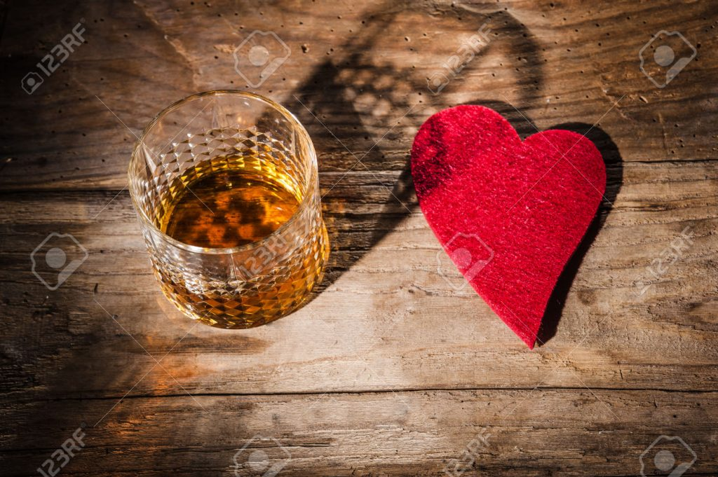 Addiction Alcool - ALCOOL / L'abus d'alcool est aussi néfaste pour le coeur que le tabac