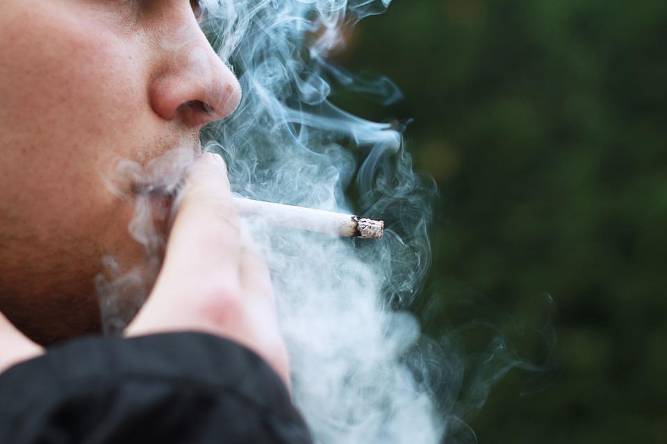 Addiction Tabac - TABAC / Le propriétaire de Lucky Strike s'offre Camel pour 46 milliards d'euros