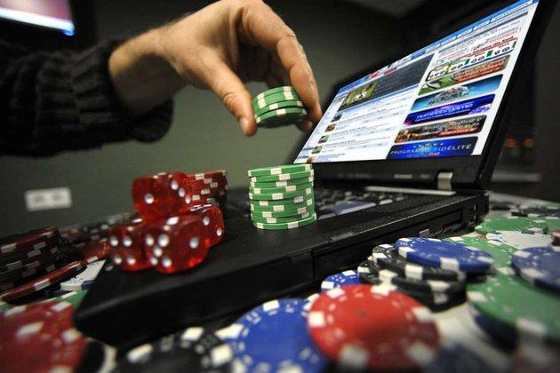 Addiction Jeux de hasard et d'argent - ADDICTIONS COMPORTEMENTALES / Jeux en ligne : de nouvelles mesures contre les risques d'addiction