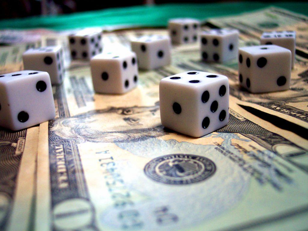 Addiction Jeux de hasard et d'argent - ADDICTIONS COMPORTEMENTALES / L'addiction aux jeux de hasard et d'argent en ligne : quelles spécificités ?