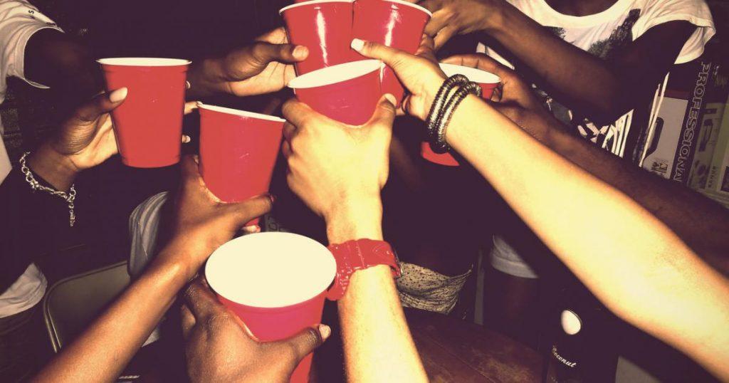 Addiction Alcool - DROGUES ET ALCOOL / les usages des étudiants analysés