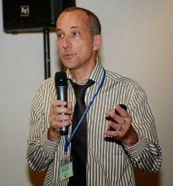 ALBATROS / Marc Auriacombe : Agent Conversationnel Animé pour dépister les problèmes d'alcool et de tabac