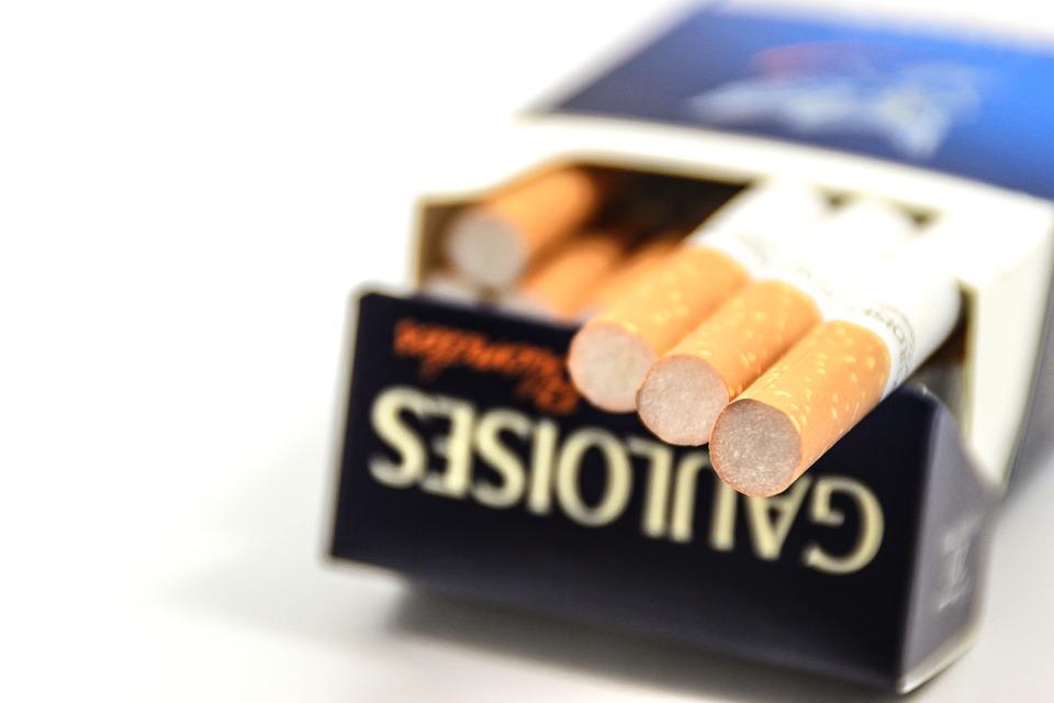 Addiction Tabac - TABAC / Des sticks de tabac moins nocifs pour la santé ?