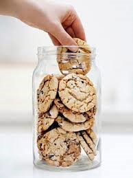 Addiction Autres addictions comportementales - Une relation problématique à l'alimentation est associée à une trajectoire de prise de poids continue au fur et à mesure des années