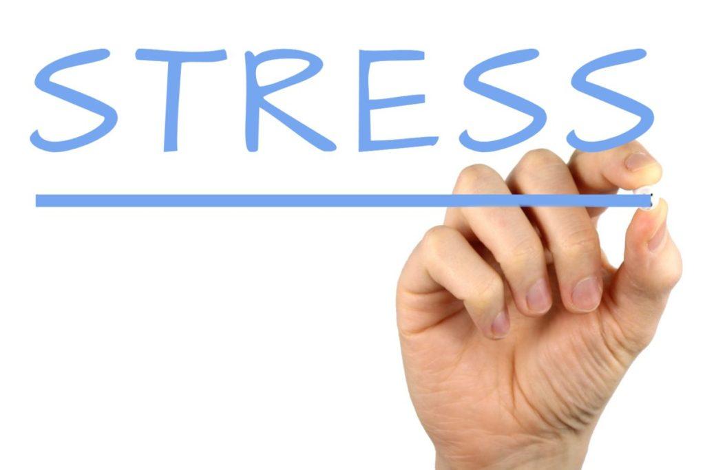 Addiction  - Les 6 causes de stress des cadres