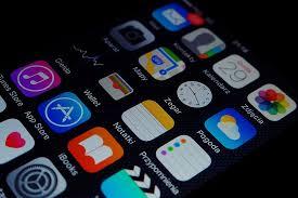 Addiction Autres addictions comportementales - ADDICTIONS COMPORTEMENTALES / Video : comment les applis sont conçues pour nous rendre accros