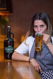 Addiction Alcool - Alcoolisme féminin : un fléau sans modération