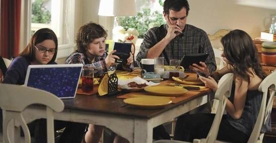 Addiction Autres addictions comportementales - Addiction et problèmes liés aux jeux vidéo chez les enfants et adolescents : l'importance du contexte familial