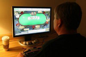 Addiction Autres addictions comportementales - Jeux vidéos et jeux d'argent, une frontière ténue