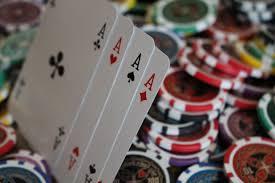 Addiction Jeux de hasard et d'argent - Paris sportifs et jeux d'argent : le risque de dépendance pour les migrants