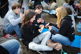 Addiction Alcool - Guide : prévenir les addictions chez les jeunes