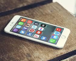 Addiction Autres addictions comportementales - Noël: Des cadeaux pour aider cet accro au portable à déconnecter