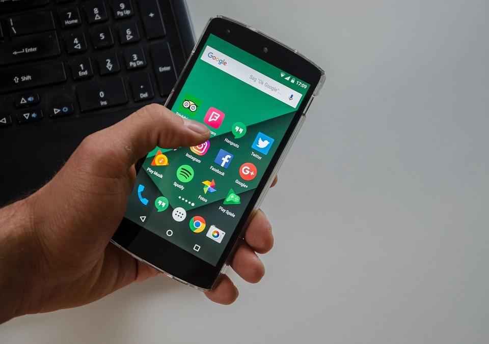 Addiction Autres addictions comportementales - L'addiction aux téléphones portables inquiète de plus en plus les professionnels de la santé