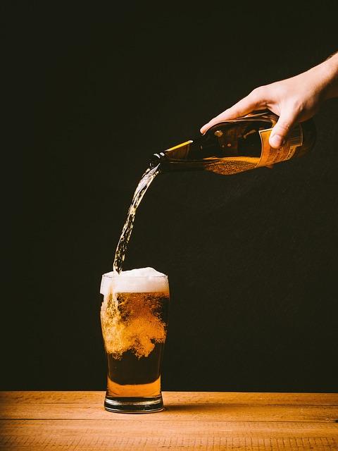 Addiction Alcool - Des députés veulent autoriser la vente d'alcool dans les stades (Le Parisien)
