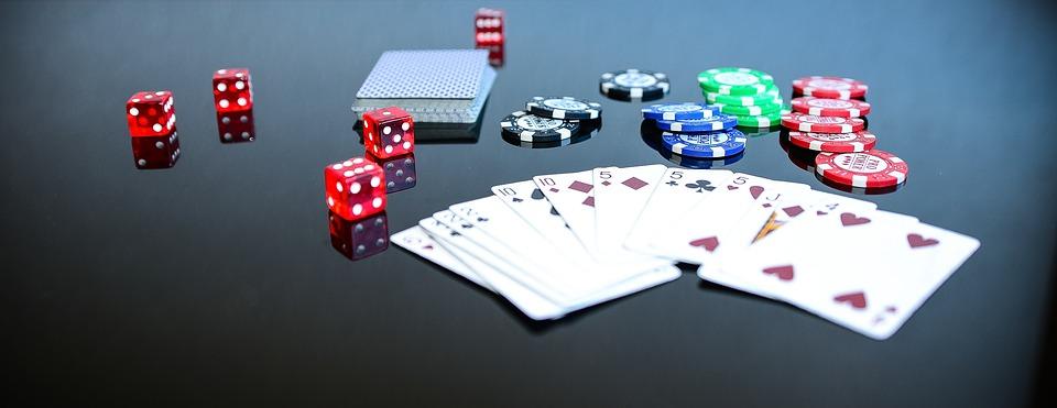 Addiction Jeux de hasard et d'argent - Le poker en ligne, grand gagnant du confinement (Le Figaro)