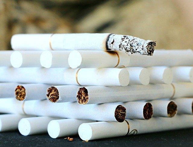 Addiction Tabac - Le marketing du tabac dans les bars prédit l'utilisation ultérieure du tabac chez les étudiants qui n'avaient jamais fumé