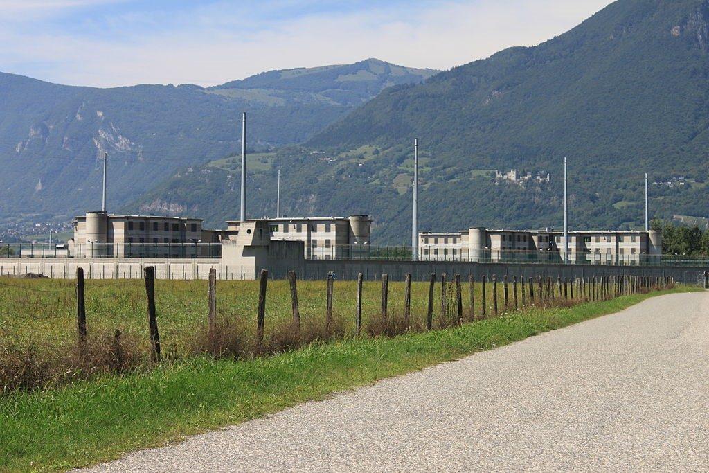 Addiction Autres drogues - Sevrages en prison et dans les hôpitaux psychiatriques :  leçons à tirer d'un effet collatéral du confinement