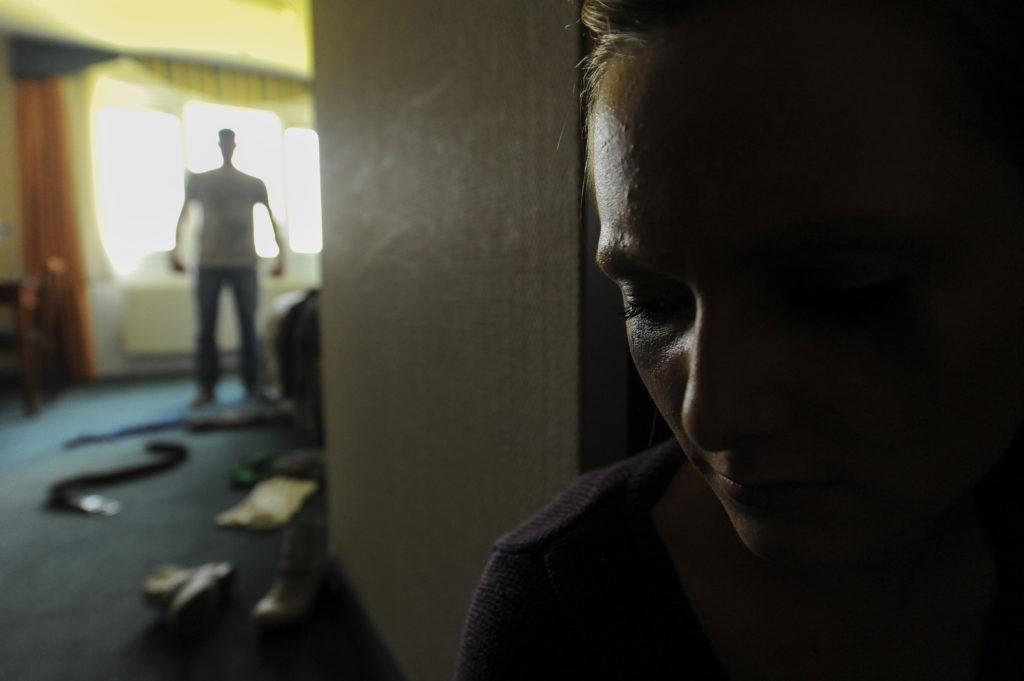 Addiction Toutes les addictions - Violences intrafamiliales et confinement :  les femmes et les enfants d'abord !