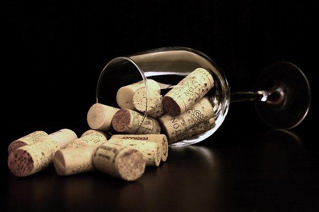 Addiction Alcool - Le mythe du verre d'alcool protecteur pour la santé contredit par une étude scientifique