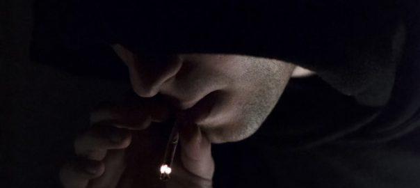 Amende forfaitaire pour usages de stupéfiants : est-ce une bonne idée ?